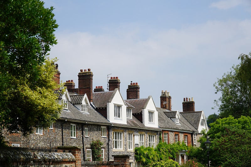 Usual spring housing market buoyancy weighed down by Brexit uncertainty