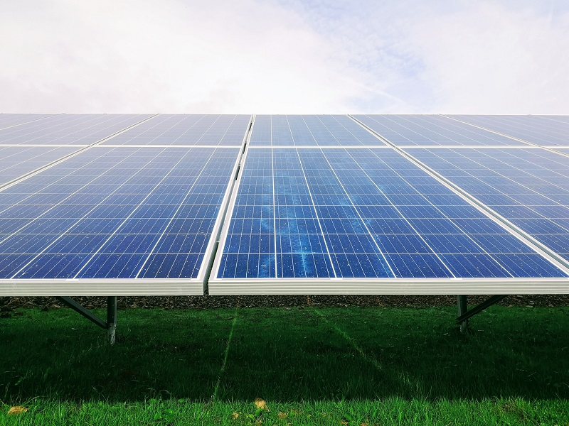 New rules give households right to sell solar power back to energy firms